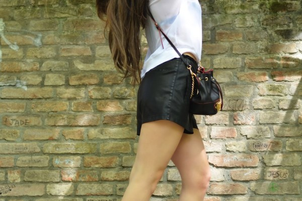 SHORTS IN PELLE 5 copia