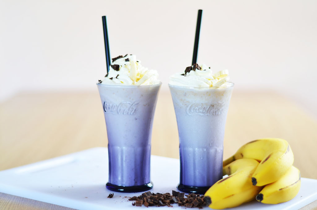 RECIPE FRESH BANANA MILKSHAKE
