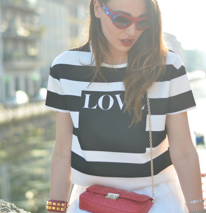 OUTFIT MAGLIA A RIGHE 8